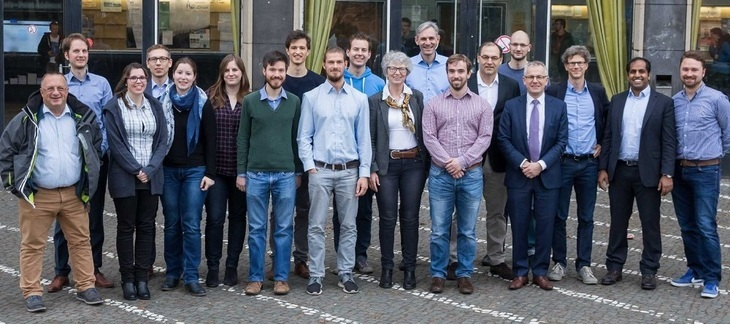 Member group photo of the research group at the beginning of the 1st funding period 2016